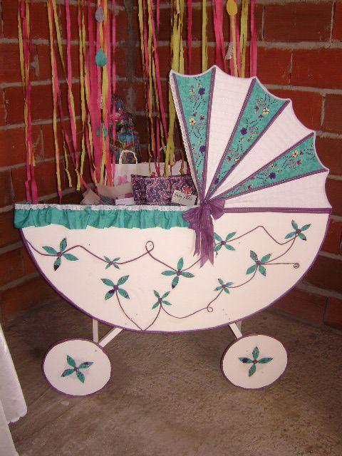 baby shower carrito para poner los regalos del bebe, practico , queda como decoracion para la habitacion del bebe!!!