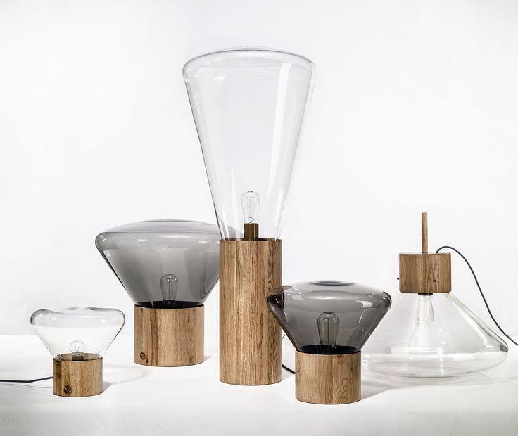 Dan yeffet  en Lucie koldova ontwierpen deze prachtige Muffin lampenserie voor Brokis. Rookglas gecombineerd met een eikenhouten voet. Te bewonderen in de showroom van De Huisgenoten. www.dehuisgenoten.com