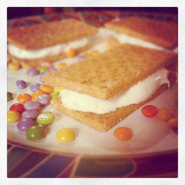 @Stereo_Desserts RnD: Frozen Creamy Sandwich ;9