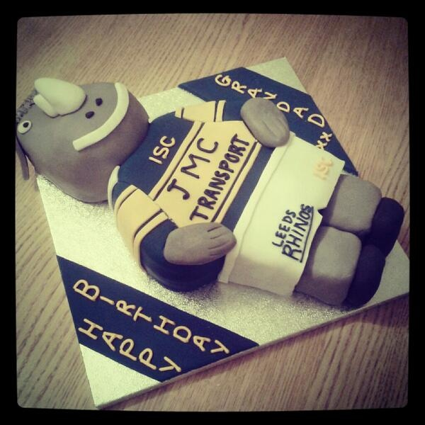 Birthday Cake For Ronnie : 1000+ images about Leeds Rhinos cakes on Pinterest Logos ...