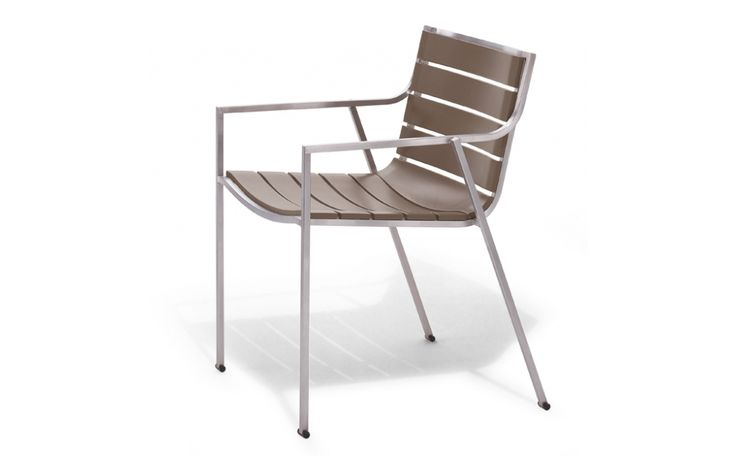 SB02 chair with armrest in polyurethane slats dove colour