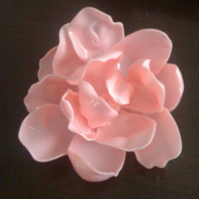 40 best images about plastic spoon flower on pinterest for Flowers made out of plastic spoons