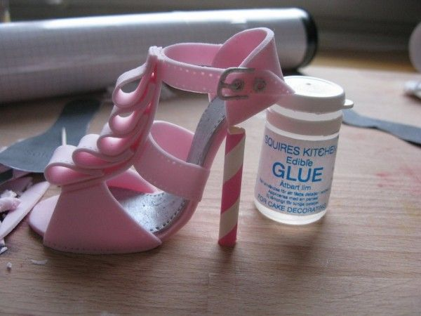 High Heel Cake Topper Tutorial - Ruffled Styling - Cake Central | Cakecentral.com