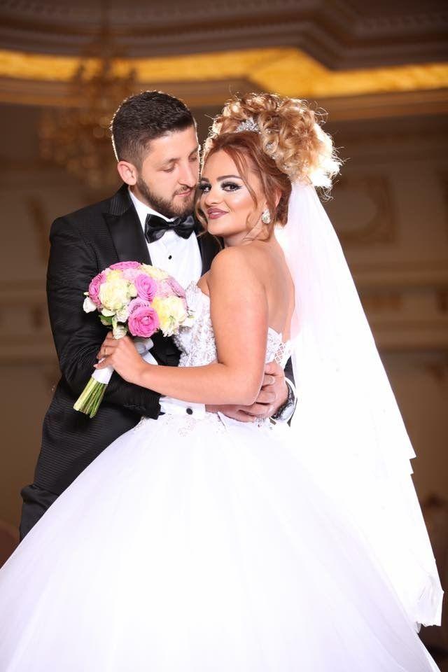 wedding bride boquet bridal hair