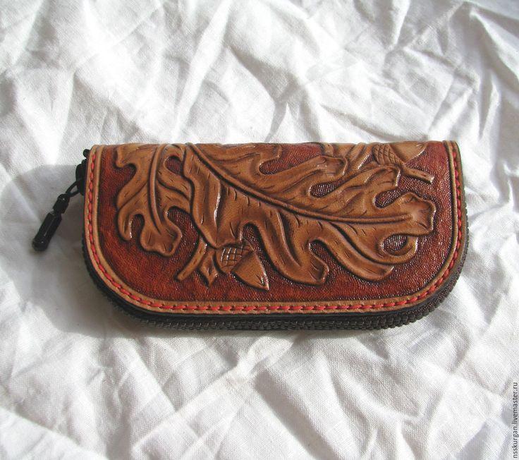 Купить Ключница кожаная с гравировкой Дубовые Листья - натуральная кожа, гравировка по коже, тиснение по коже