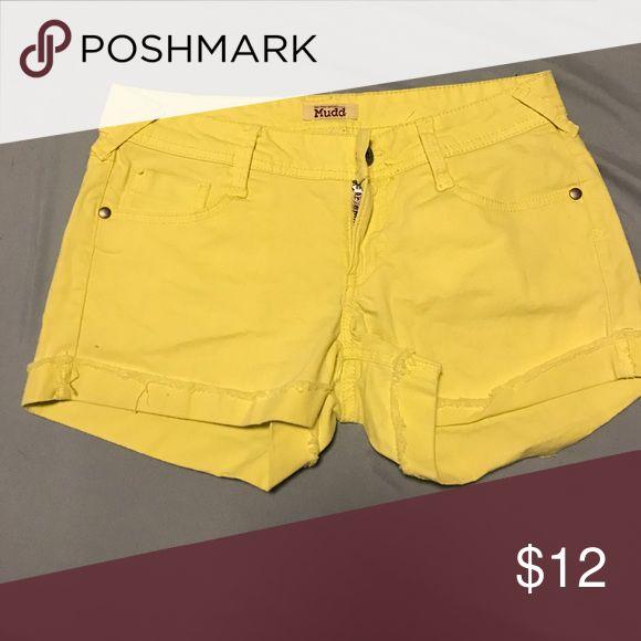 Shorts Neon yellow Mudd Shorts