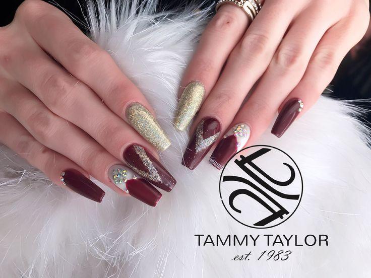 #tammytaylornailsgarsfontein #pintrestnails #burgundy #glam #gold #nails #nailart