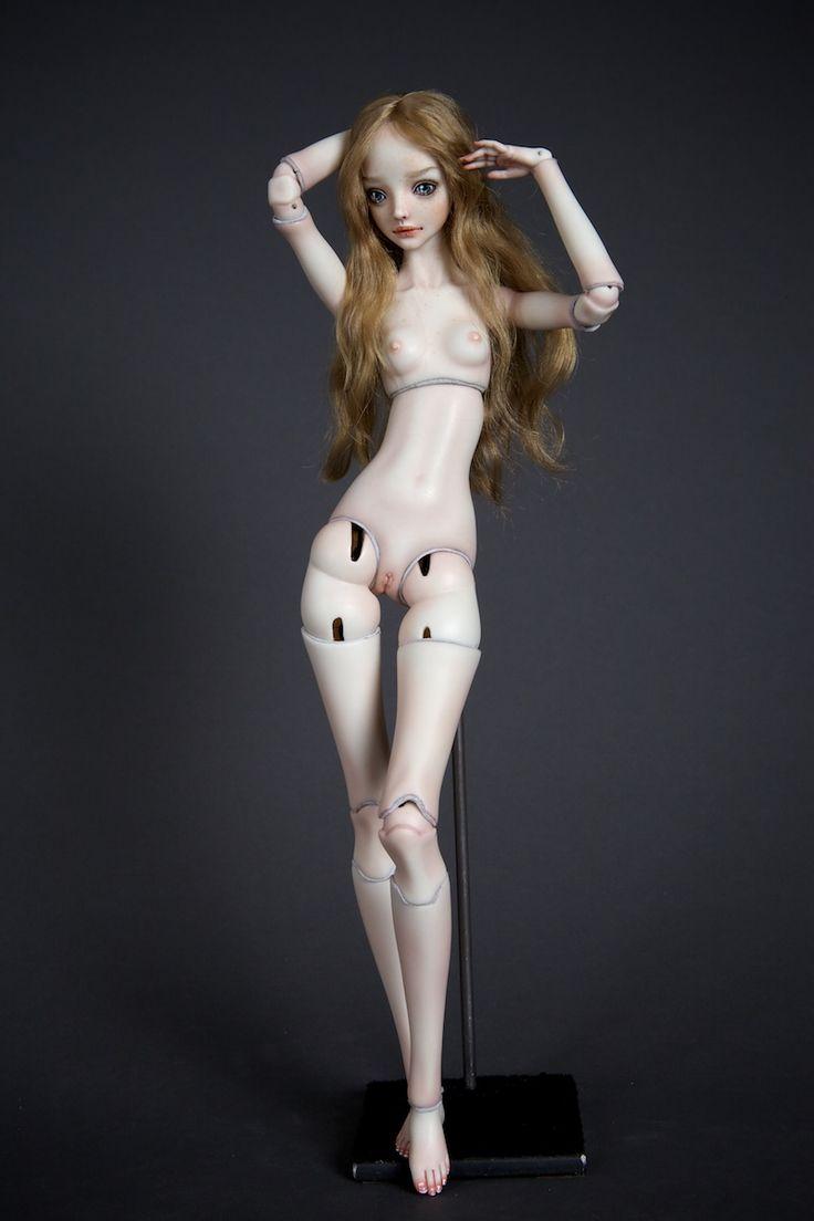 prior nude Marina