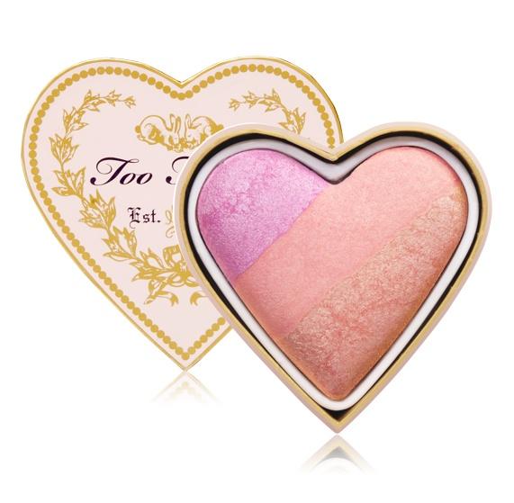 Colorete Sweetheart de TOO FACED. Precio: 28, 50 €