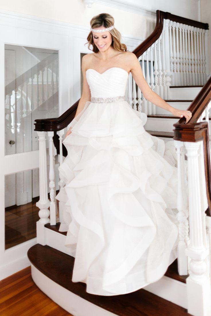 Photography: Sarah Jayne Photography - www.bysarahjayne.com  Read More: http://www.stylemepretty.com/massachusetts-weddings/ipswich/2013/12/31/glam-new-years-eve-wedding-inspiration/