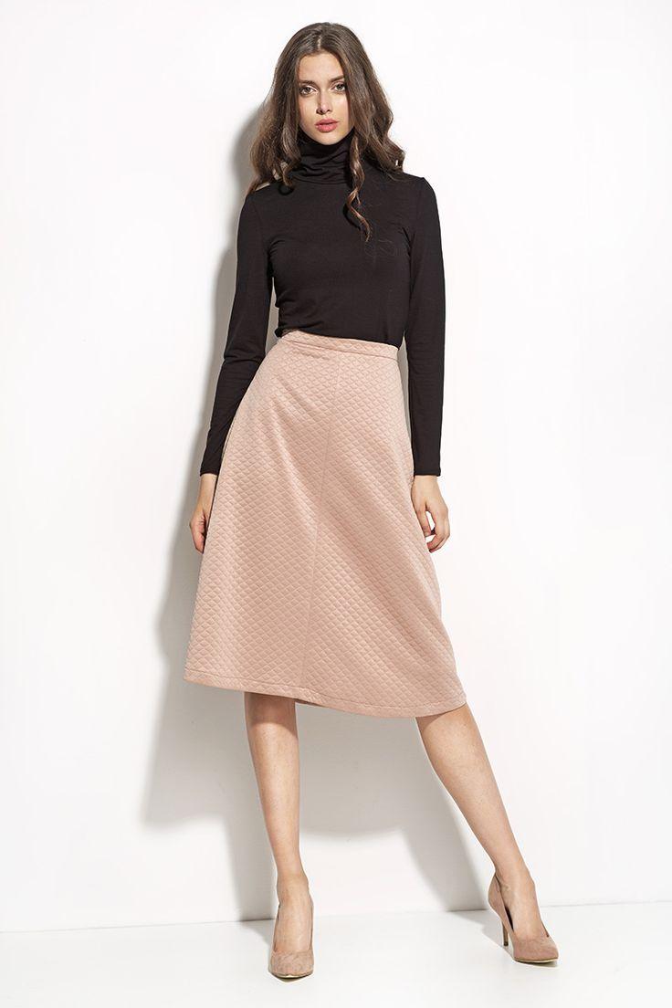 http://www.sklep.nife.pl/p,nife-odziez-pikowana-spodnica-midi-sp25-roz,28,957.html