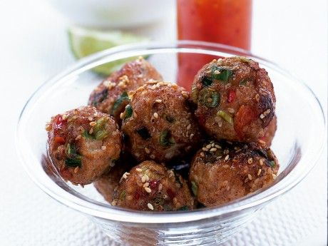 Chicken meatballs thai style