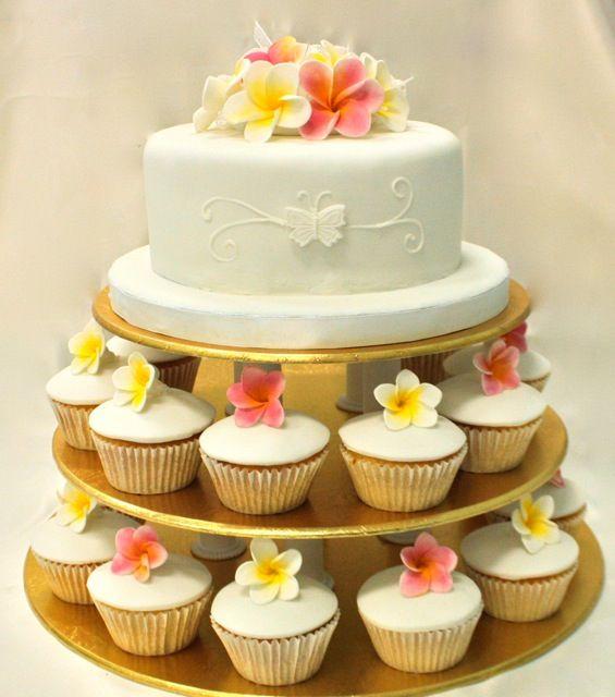 Frangipani wedding cake / cupcakes