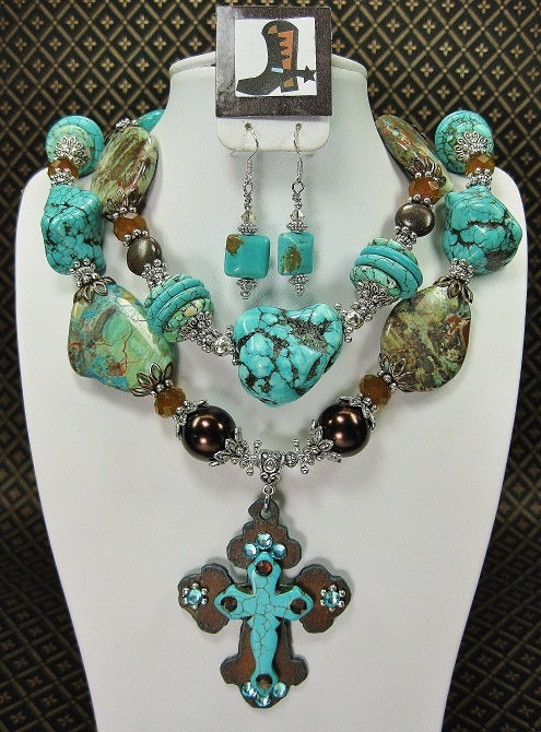Turquoise Chunky Western Cowgirl Necklace by CayaCowgirlCreations, $58.50