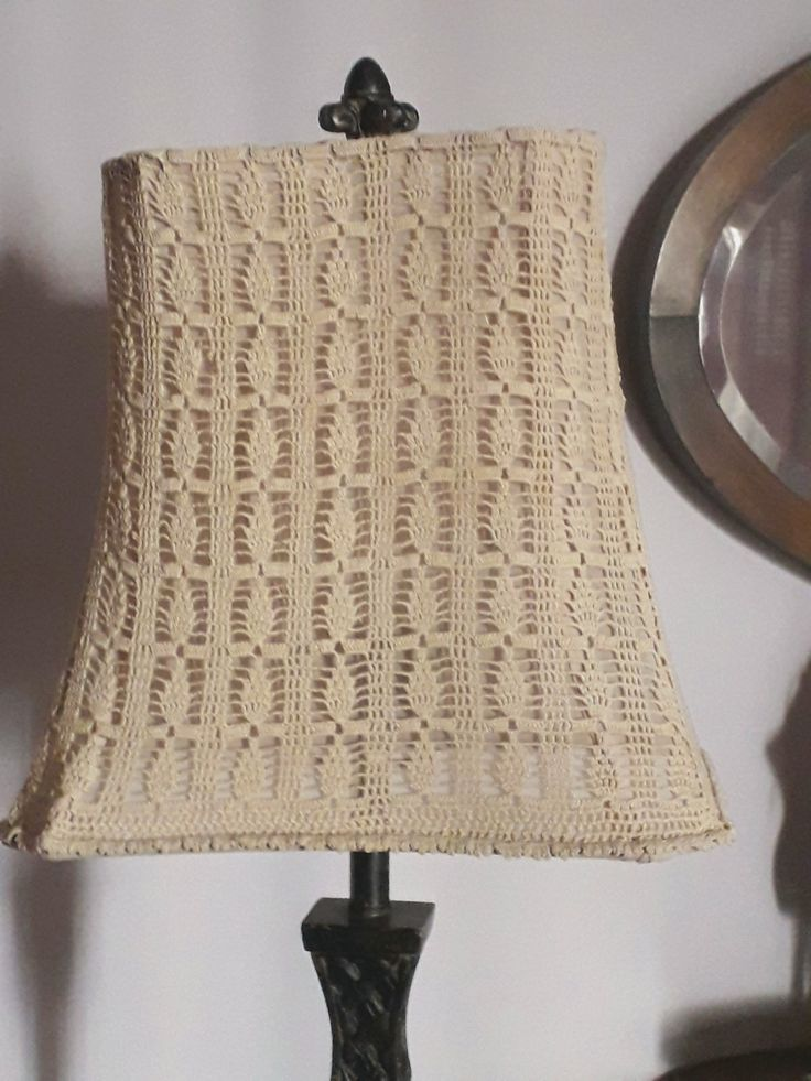 Doilies' lampshade