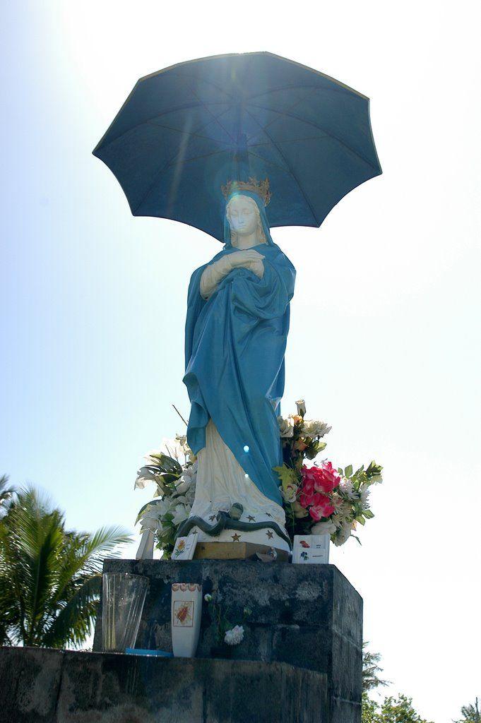 Vierge au Parasol, Ste-Rose, Réunion