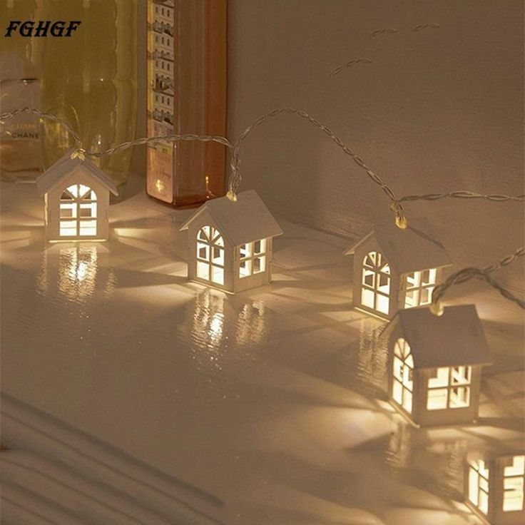 Wooden Warm House Shaped String Light 10 LED Battery Powered Christmas Lights #Unbranded #BirthdayPartyHalloweenPartyGrandEventHous