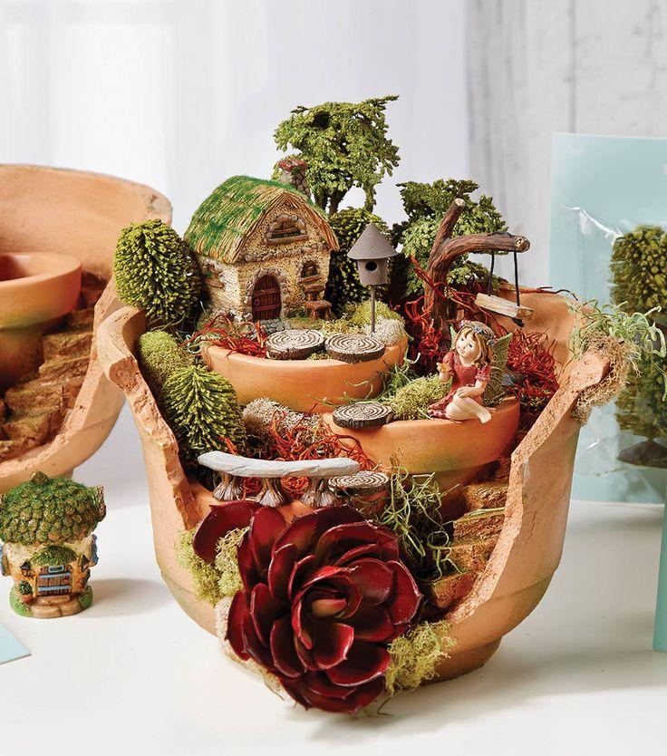 Create your own fairy garden from a broken pot garden for Terracotta gartendeko