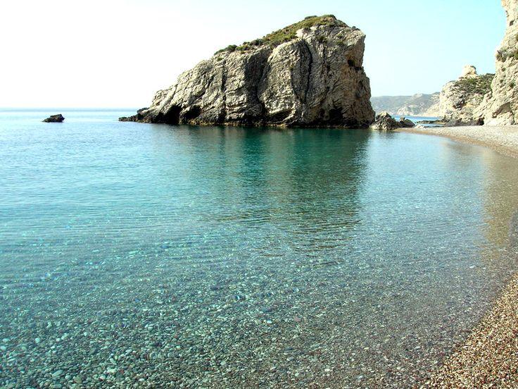 Κύθηρα, -νότια Ελλάδα, ανάμεσα στην Πελοπόννησο και την Κρήτη,