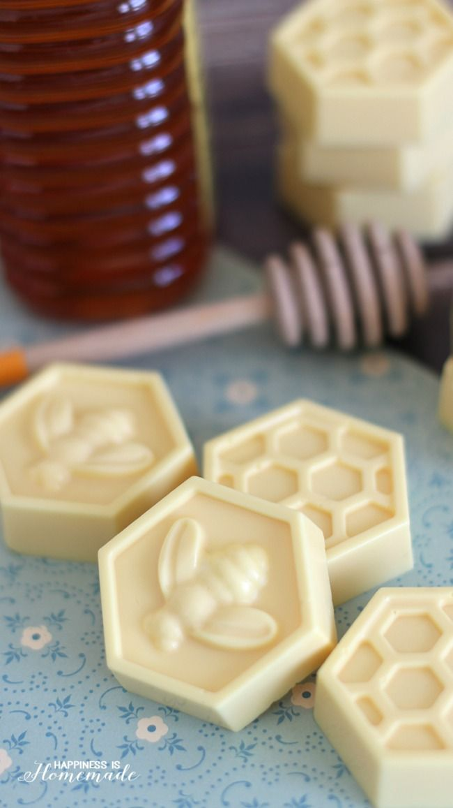 10 Minute Milk and Honey soap  ..♥♥..