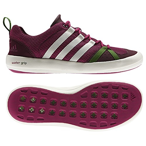 Adidas boat shoes, perfect for sailing! (via #spinpicks)