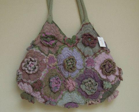 Geranium wool purse  Sophie Digard