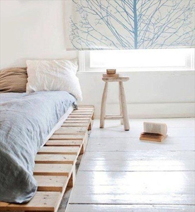 best 25 wooden pallet beds ideas on pinterest pallett. Black Bedroom Furniture Sets. Home Design Ideas