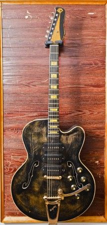 500 best images about tasty guitars basses on pinterest. Black Bedroom Furniture Sets. Home Design Ideas