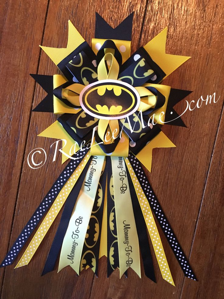 Batman Baby Shower corsage/Mommy-To-Be corsage, batman Theme Baby Shower/Baby Shower corsage/super hero baby shower/superman ribbon/batman by RaeLeeMaeCreations on Etsy https://www.etsy.com/listing/465901698/batman-baby-shower-corsagemommy-to-be