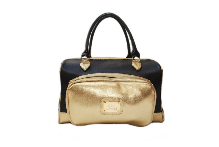 BLACKIE Cuero napa negra y Cuero luxor oro, herrajes bañados en oro  TIENDA ONLINE: http://www.valecanale.com.ar/#!/producto/19/ FAN PAGE: https://www.facebook.com/ValeCanaleBagsDesign TWITTER: @valecanalebags
