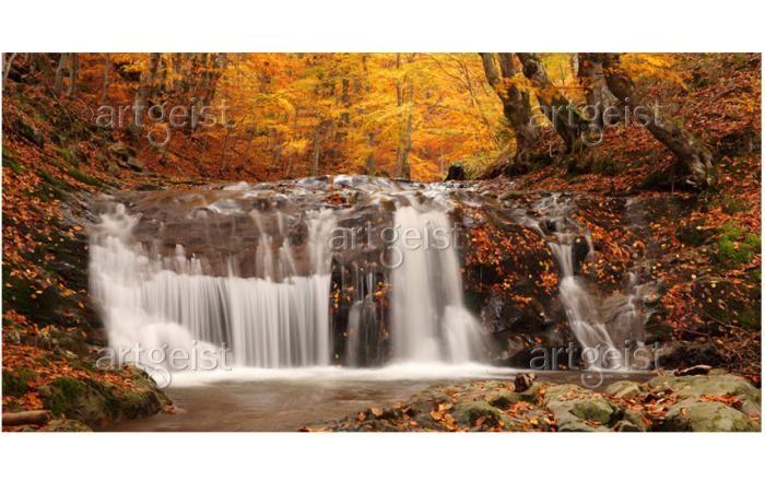 Fotomurale moderno Autumn landscape: waterfall in forest - Fiume e cascata - Paesaggi - Natura - Fotomurali