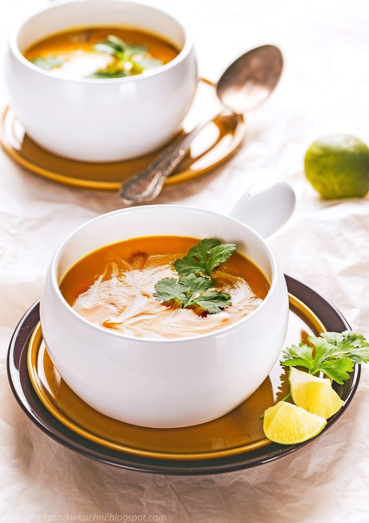 Tajska zupa z batatów z mlekiem kokosowym