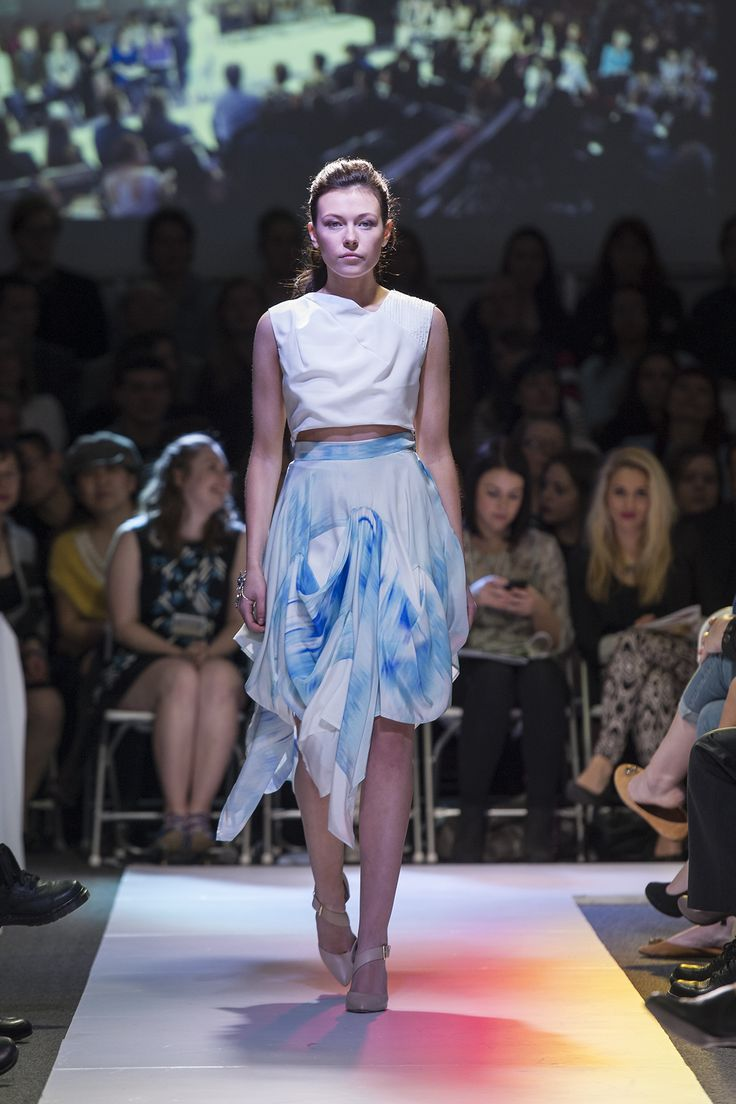 his skirt is bound to make you dream of walking down a boardwalk by the ocean, or emerging from the sea. The subtraction cut technique  creates a beautiful drape effect; perfect for a day out on the town or a beach bash at night. I promise you will fall in love with this skirt.