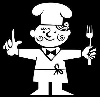 忙しい朝に大活躍の電子レンジ! 夏場も調理場が暑くならないので、安心して調理できますね。