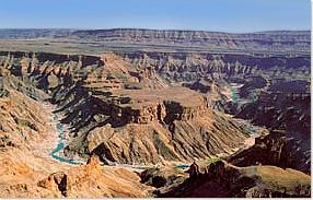 Beautiful clear pic of Fish River Canyon