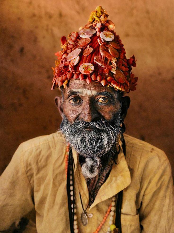 Steve McCurry, INDIA. Rajasthan. 2009. Snake charmer.
