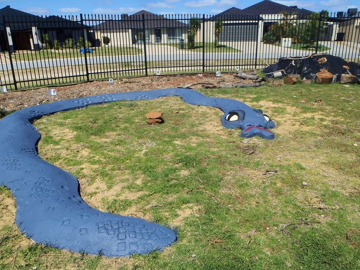 30 days after pour, concrete was bondcreated to seal.  24 hours later concrete outdoor paint was used to give a base colour.  Face added.