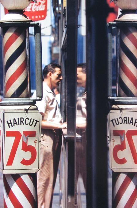 Haircut. Saul Leiter 1956.