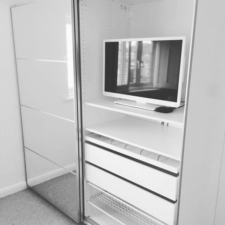 best 25 ikea sliding wardrobes ideas on pinterest ikea. Black Bedroom Furniture Sets. Home Design Ideas