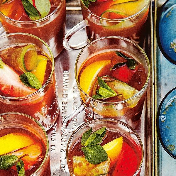 Serving delicious drinks at large parties is a hard task without a full bar of…