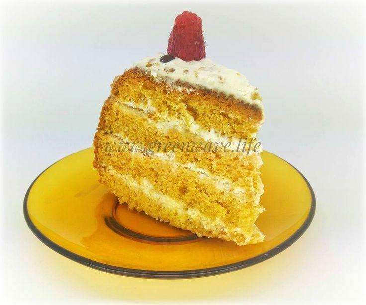 Fluffy Honey Sponge Cake