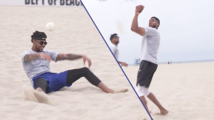 Karl-Anthony Towns y D'Angelo Russell Jugar Voleibol de Playa