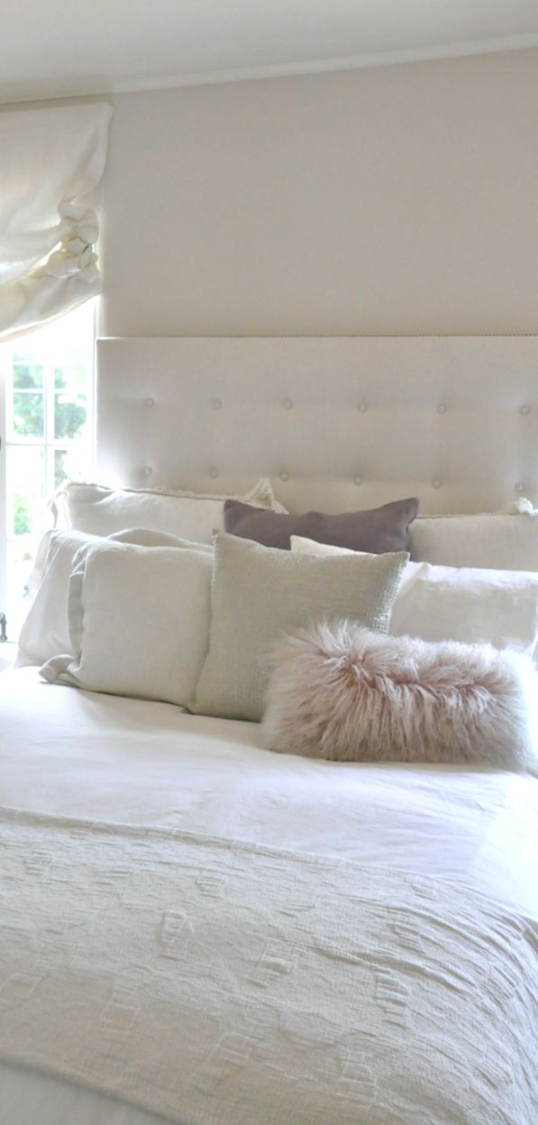 I will have some kind of all white bedroom in my future home just for when @Aimee Lemenager visits!