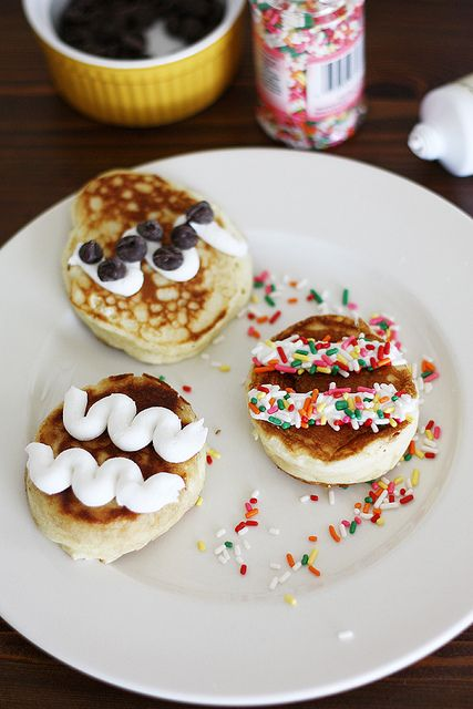easter brunch with bisquick — easter egg pancakes