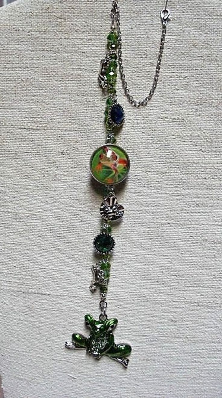 FROG LOVER CAR Jewelry Charm Gift 20 & Under Rear View