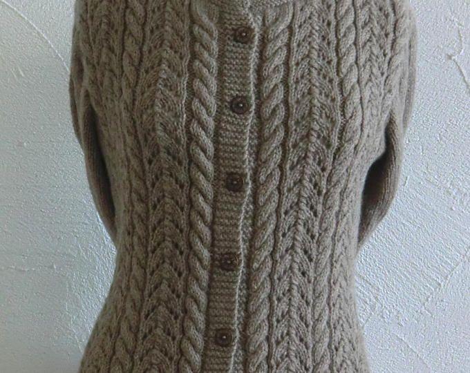 Gilet ou Veste à manches longues Fantaisie Femme En laine Marron Taupe Points ajourés et torsades Taille 38 - 40 Tricoté à la main