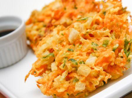 O tempurá é uma das receitas mais atraentes da culinária japonesa. Sua massa leve e crocante encanta os mais delicados paladares.