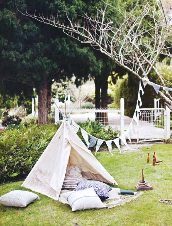 A sweet tent!    photography by lisa cohen, styling by indianna foord for country style au