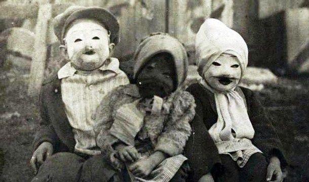25 antigas fantasias de Halloween que eram bem mais assustadoras que as de agora