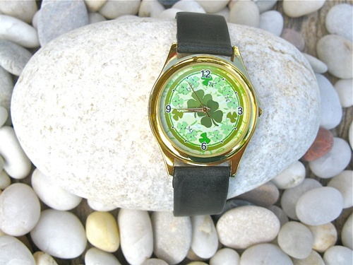 Lucky jewellery - a 4 leaf clover watch